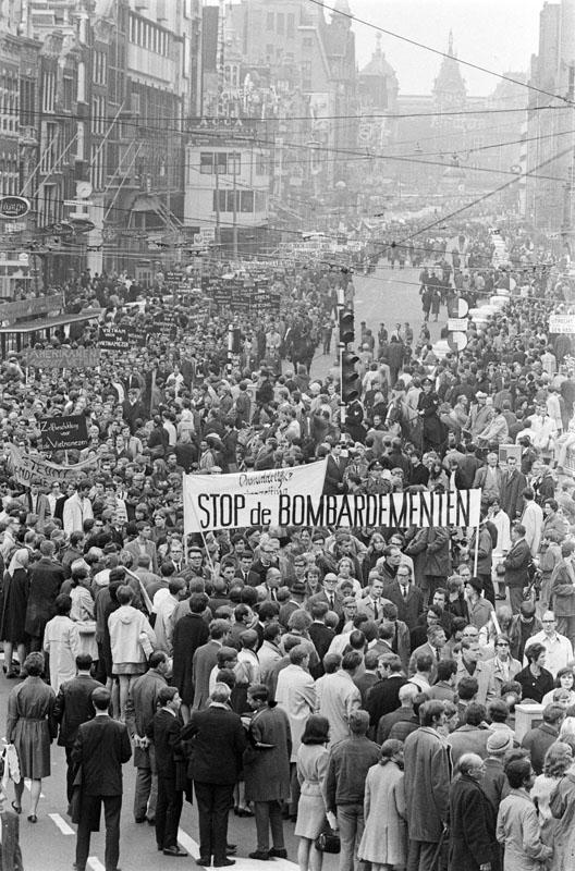 Amsterdam vietnamoorlog demonstratie site title for Demonstratie amsterdam