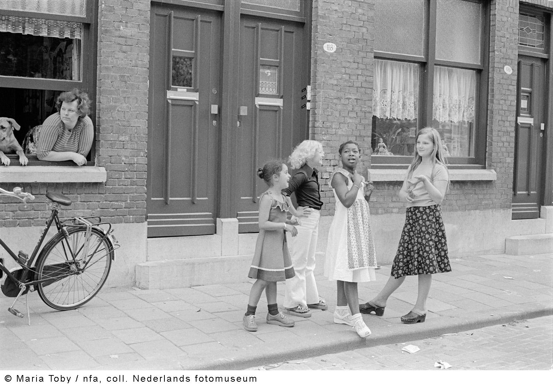 Oude noorden crooswijk rotterdam 1978 geheugen van for Rotterdam crooswijk