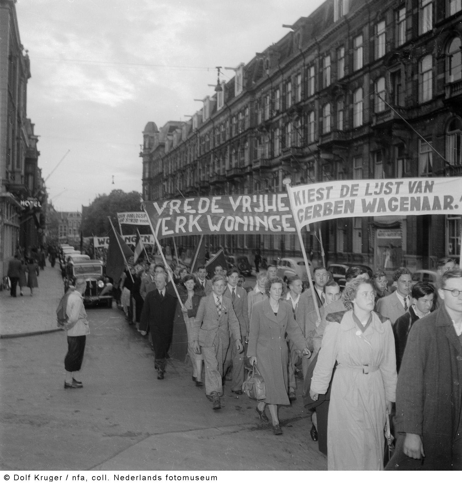 Demonstratie van het anjv amsterdam 1952 het geheugen for Demonstratie amsterdam
