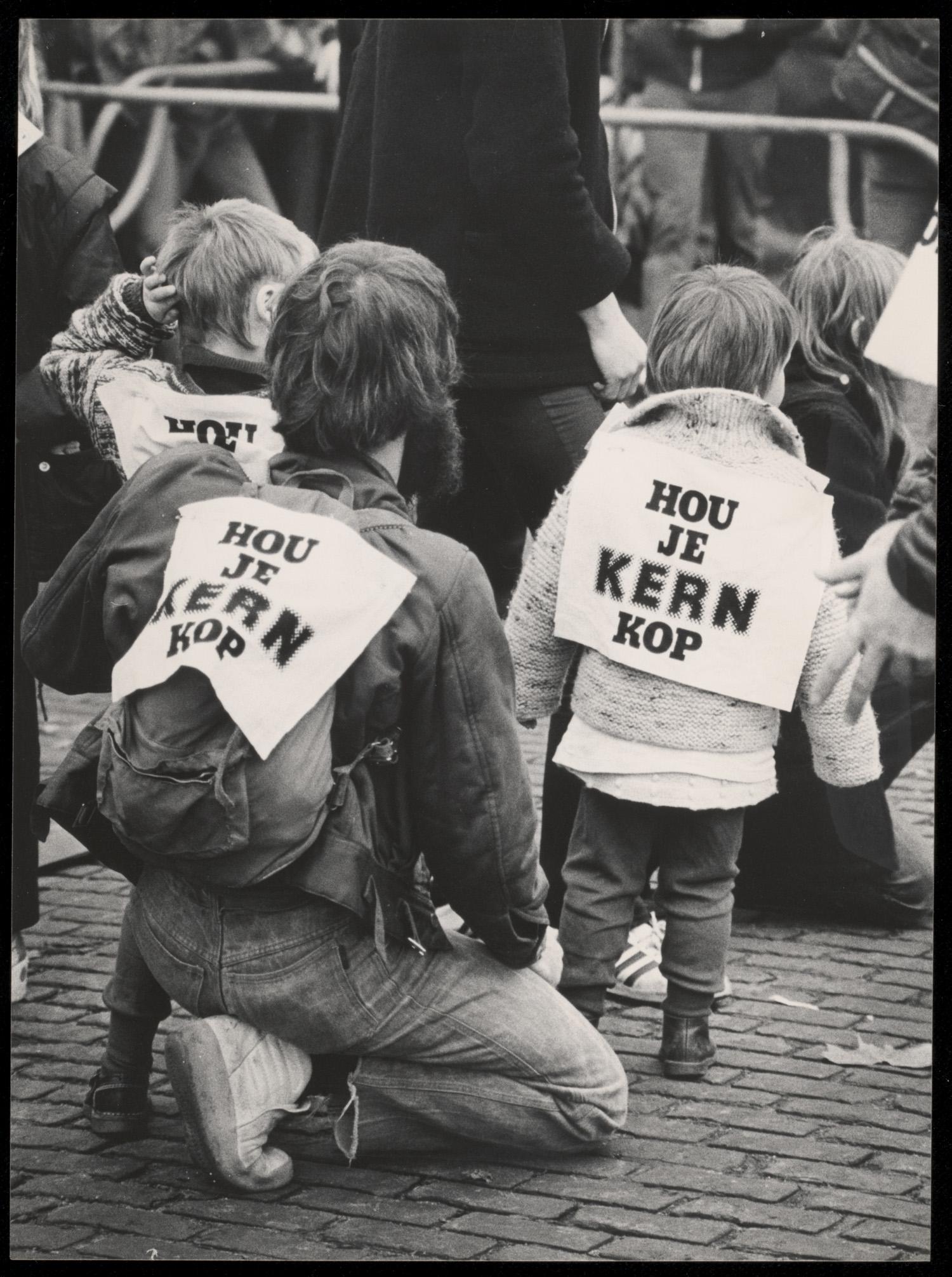Demonstratie tegen kernwapens amsterdam 1978 het for Demonstratie amsterdam