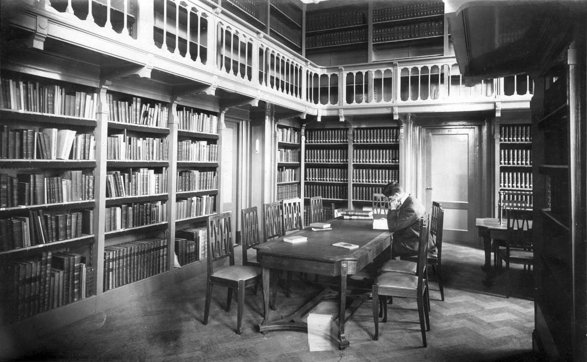 Interieur van bibliotheek van de hortus botanicus te amsterdam 1915 site title - Interieur bibliotheek ...