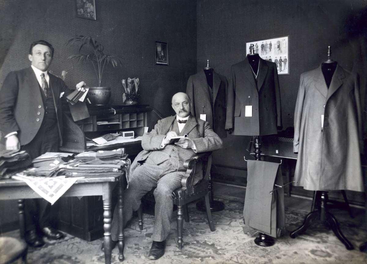 Interieur van de firma van menk en zonen te amsterdam in for Interieur 1920