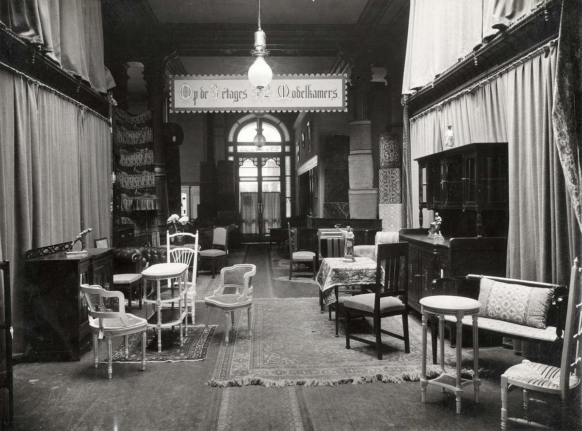 Finest interieur van meubelzaak with turkse meubelzaak for Realta mobilia 1093 en amsterdam