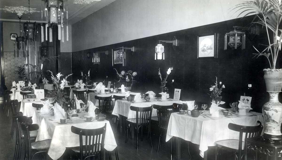 Interieur van chinees restaurant het verre oosten in den for Interieur den haag