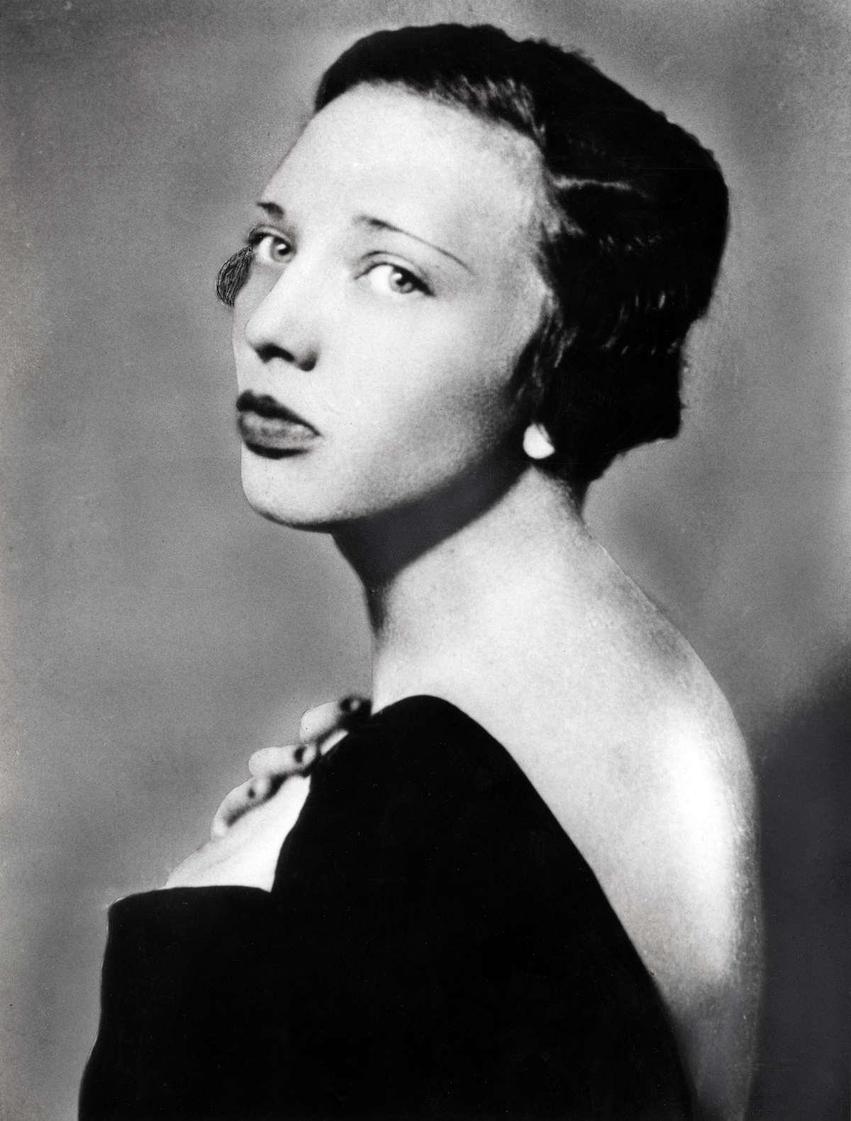 Ann Cooper Hewitt (1914-1956): esterilização forçada pela mãe e seis casamentos.