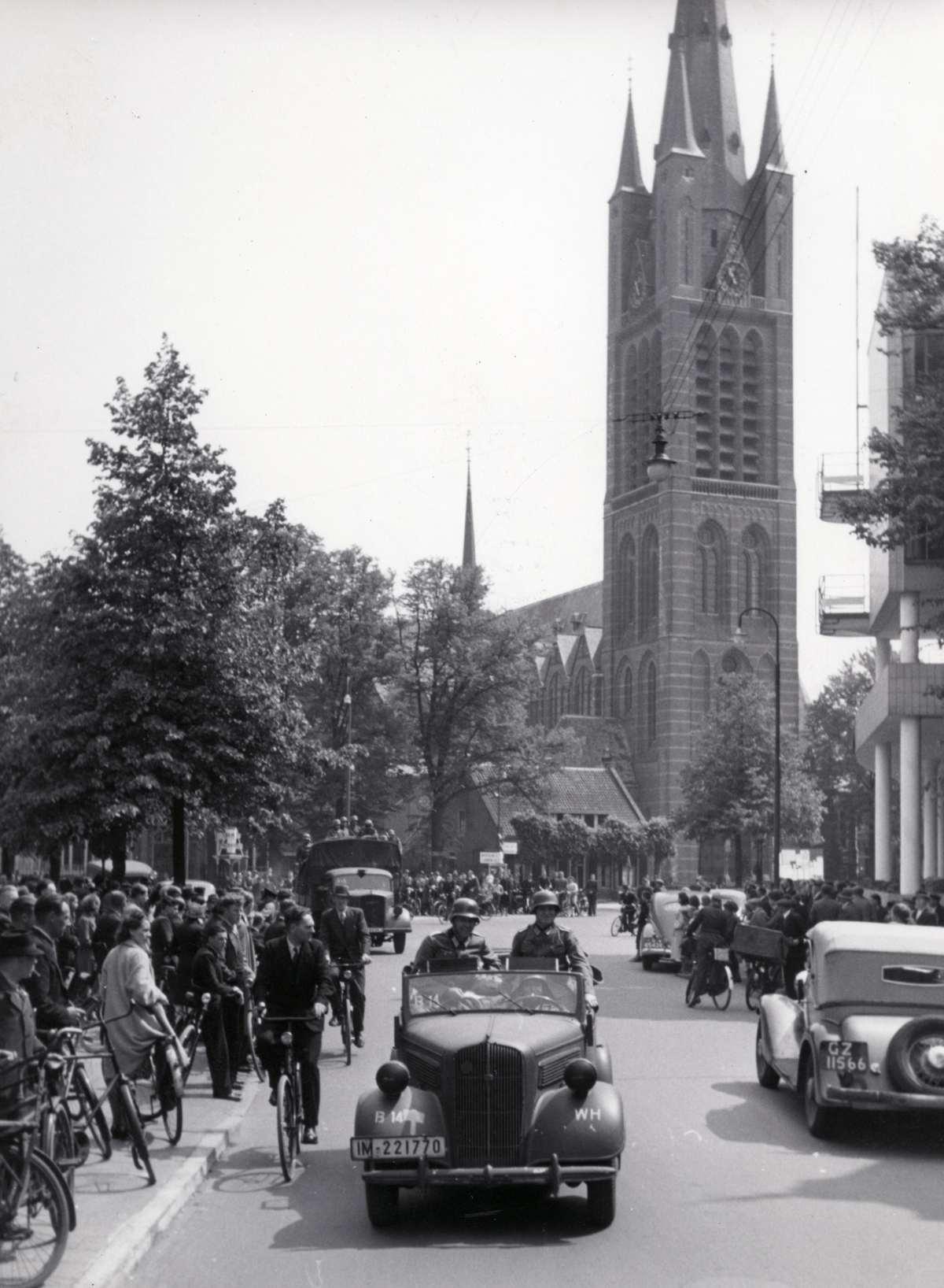 Tweede wereldoorlog nederland duitse bezettingstroepen for Interieur nederland