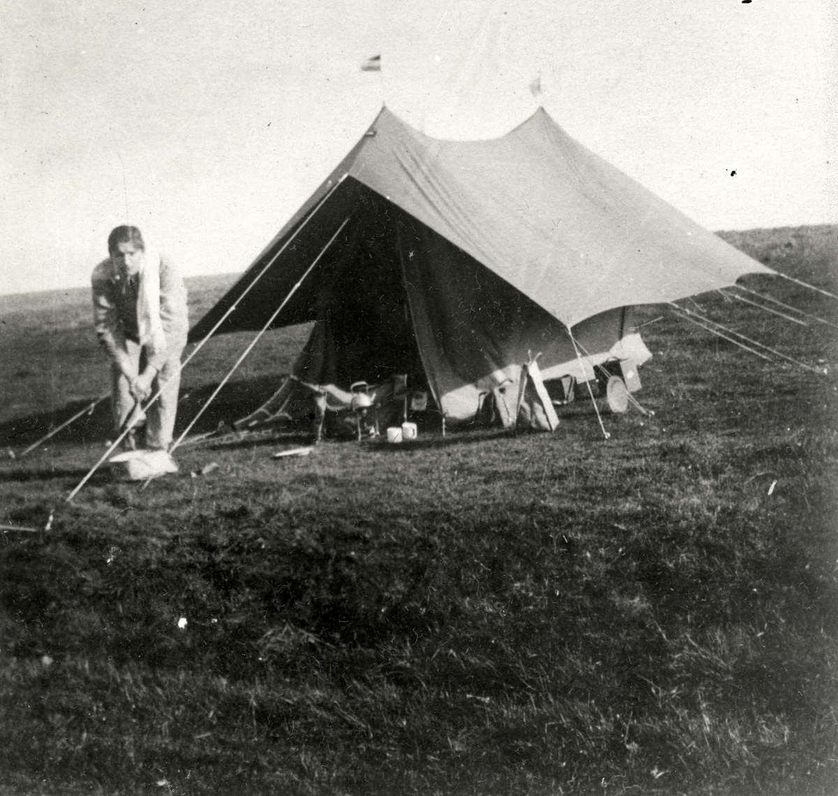 Rondom Oorlog Carl Denig Tijdens Kamperen In Engeland Werd