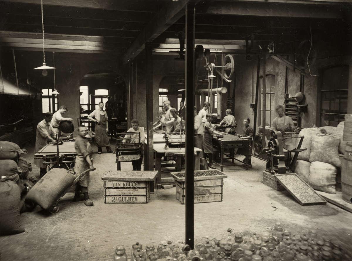 Chocoladefabrieken van kollem 39 s fabriek voor fijne suikerwerken 1919 of eerder plaats - Italiaanse douchegel ...