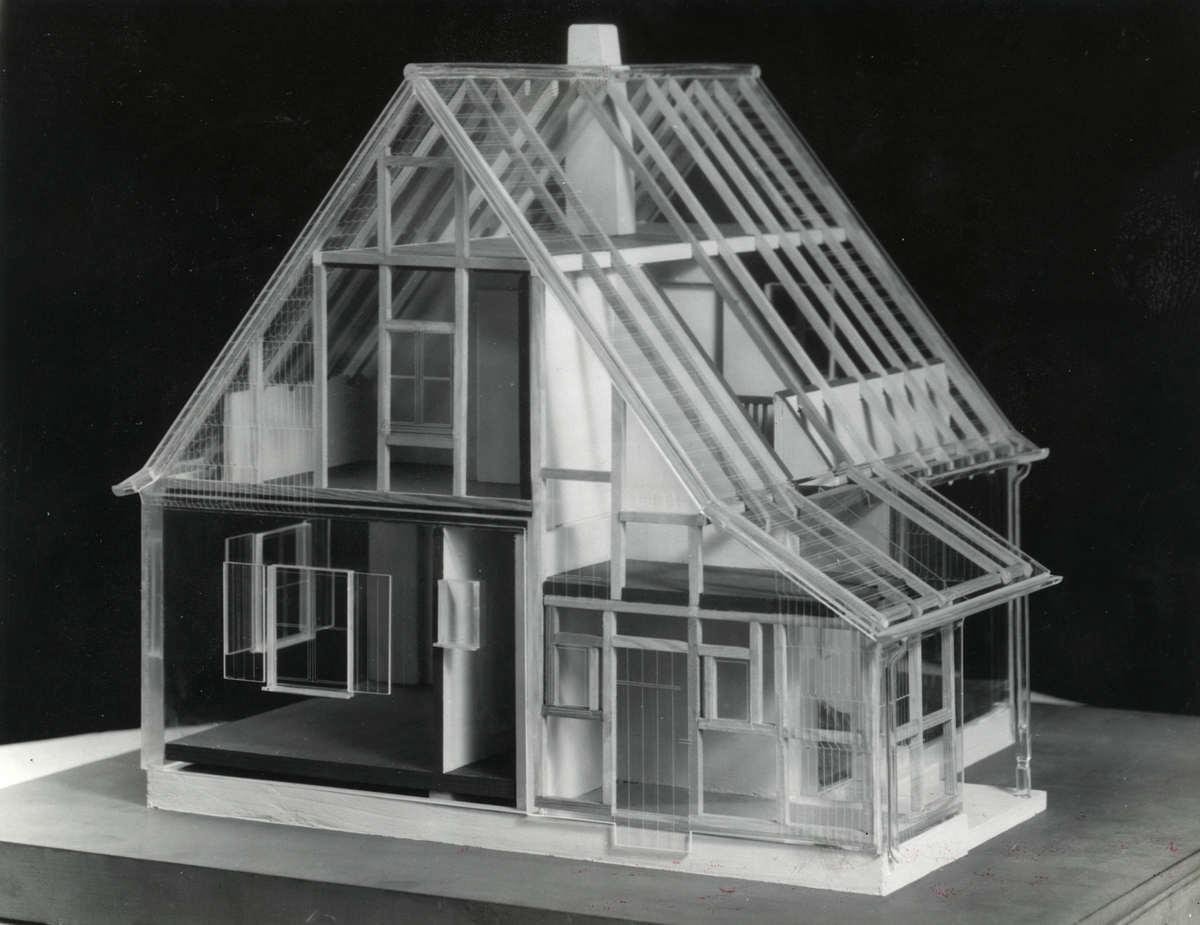 Plexiglas model van huis met plexiglas bestemd voor vluchtelingen of kolonisatie genaamd - Model van huisarchitectuur ...