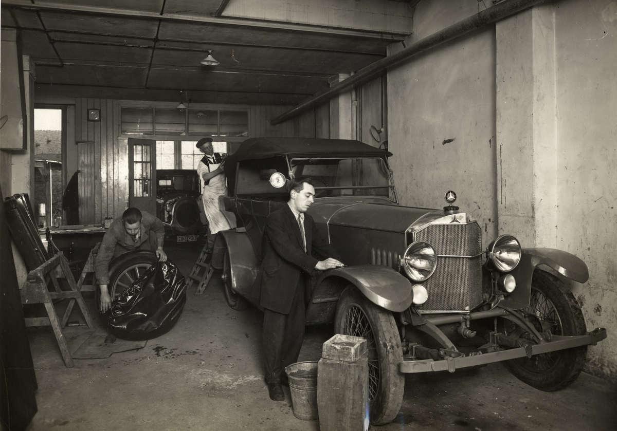 Auto industrie garage werkplaats van for Auto en interieur den haag