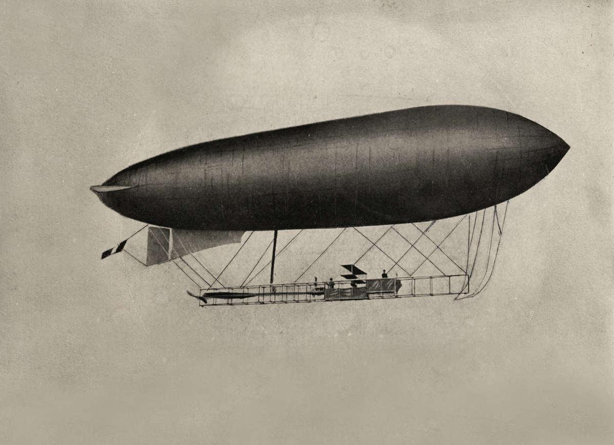 Luchtschepen motorballon de motorballon duindigt het eerste nederlandse luchtschip ten dienste - Klein kamermeisje ...