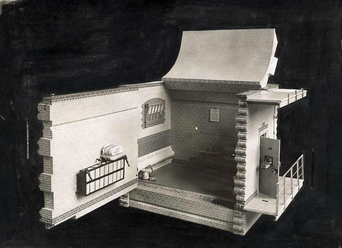 Model van een interieur van een cel in het huis van bewaring aan de weteringschans in amsterdam - Huis exterieur model ...