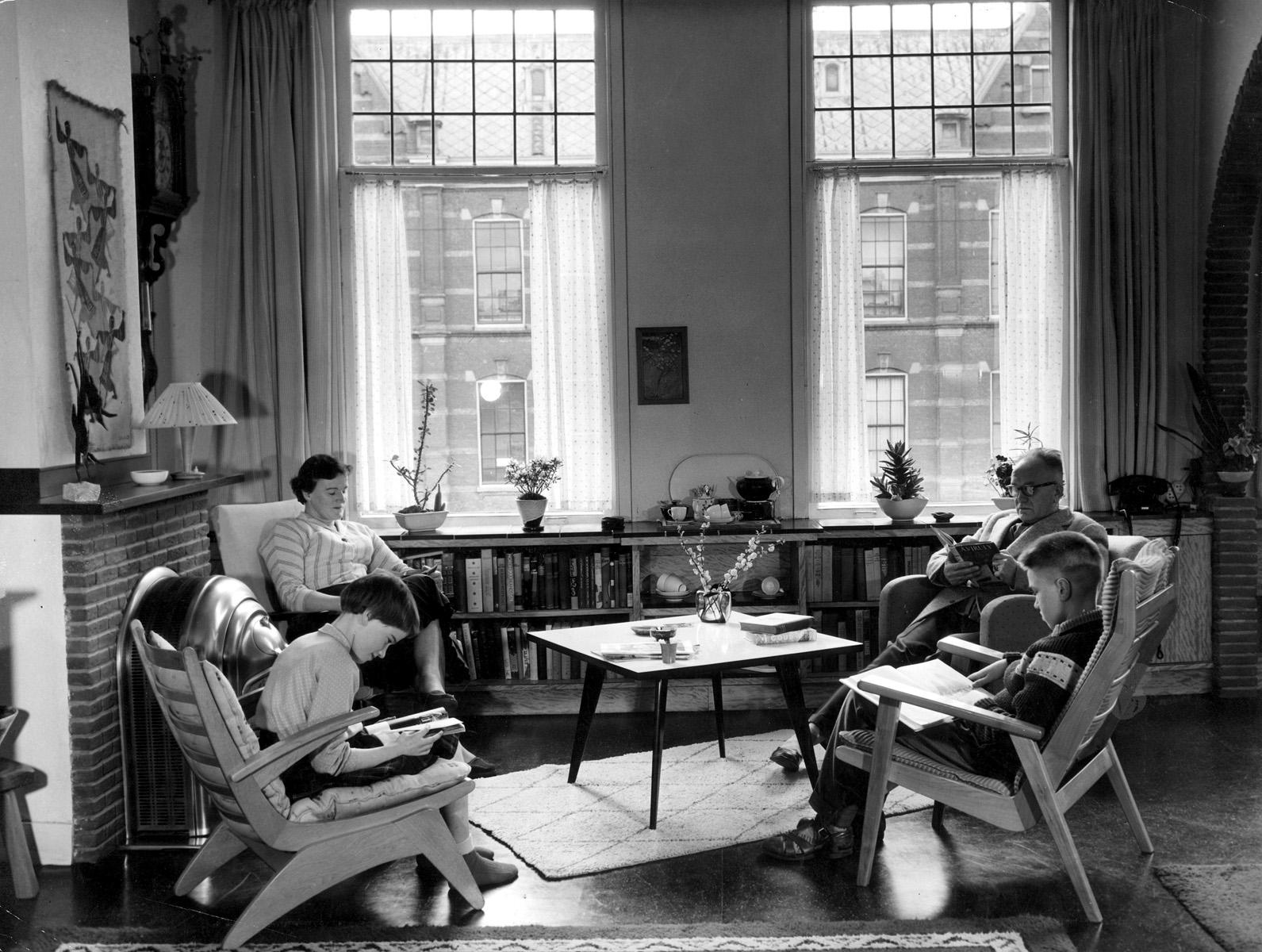 Woonkamer jaren 60: woonkamer jaren gave industrieel vintage kast ...