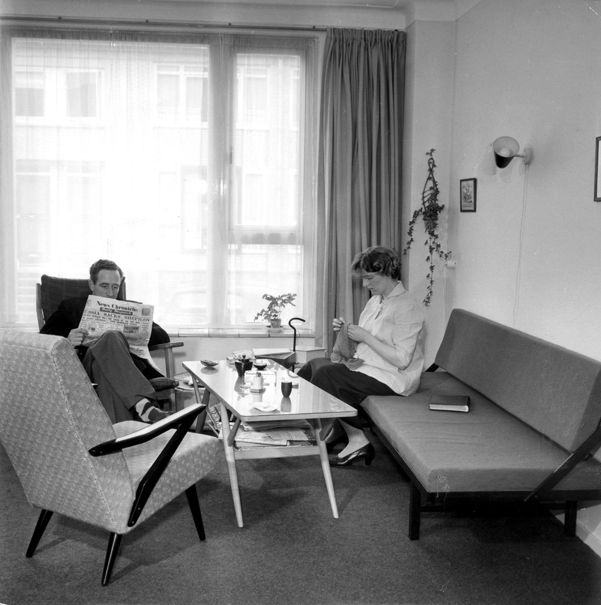 Jaren \'50-interieur van de de familie Ban uit Maarssen, 21 februari ...