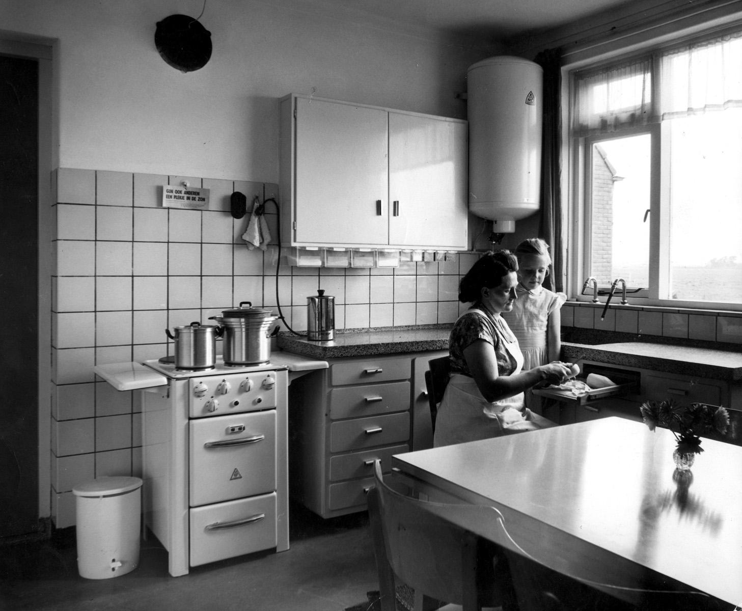 Bruynzeel Keukenkast : ... Bruynzeel] keukenkasten met granieten ...