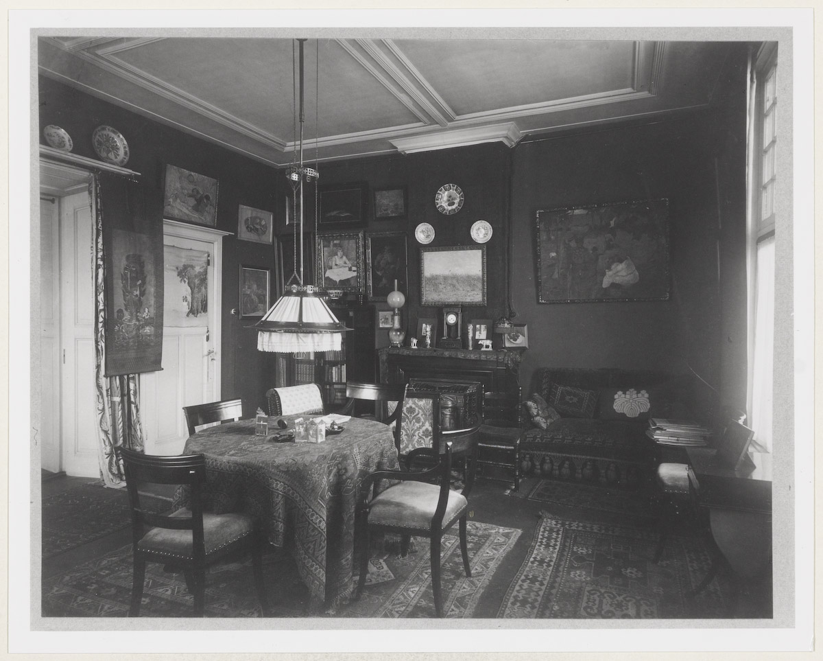 Interieur huis jo van gogh bonger aan de koninginneweg 77 te amsterdam geheugen van nederland - Klein kamermeisje ...