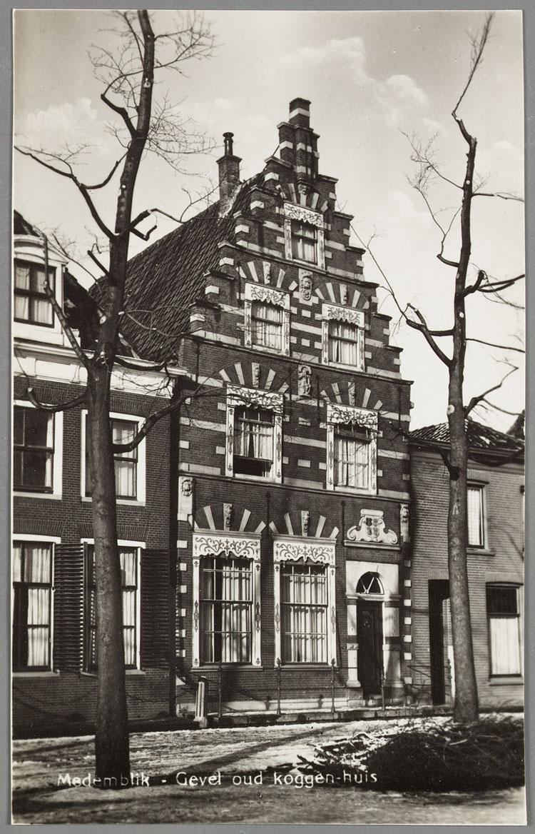Medemblik gevel oud koggen huis het geheugen van nederland online beeldbank van archieven - Oud en modern huis ...