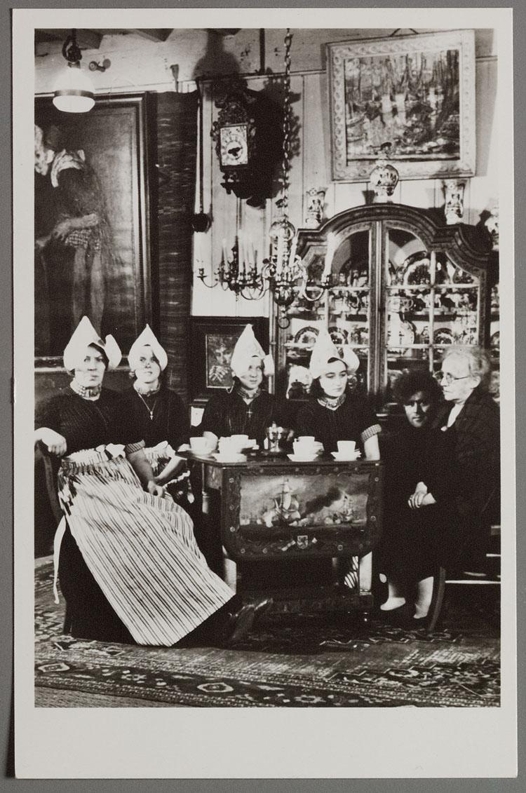 Interieur HOTEL SPAANDER Volendam. Tel. 204-205 - Memory of the ...